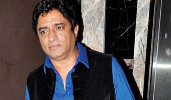 Anand Raj Anand Family Photos, Father, Mother, Wife, Age, Biography