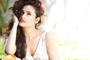 Yuvika Chaudhary Family Photos, Father, Husband, Age, Height, Biography
