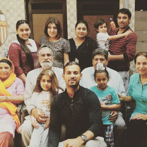 Garry Sandhu Family Photos Father Mother Wife Age Biography