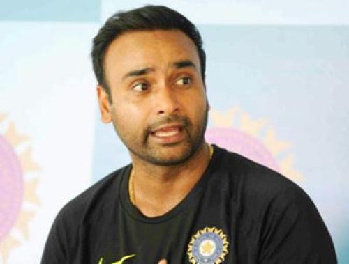 Amit Mishra Family Photos, Father, Mother, Brother, Wife, Age, Biography