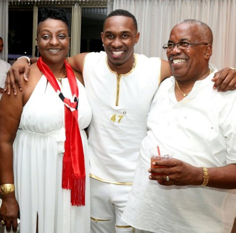 Dwayne Bravo Family Photos, Father, Mother, Wife, Daughter, Age, Biography