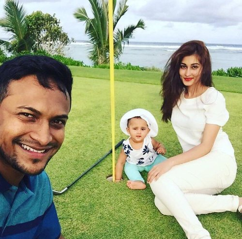Shakib Al Hasan Family Photos, Mother, Wife, Age, Height, Biography