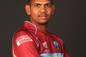 Sunil Narine Family Photos, Father, Mother, Wife, Age, Height, Biography