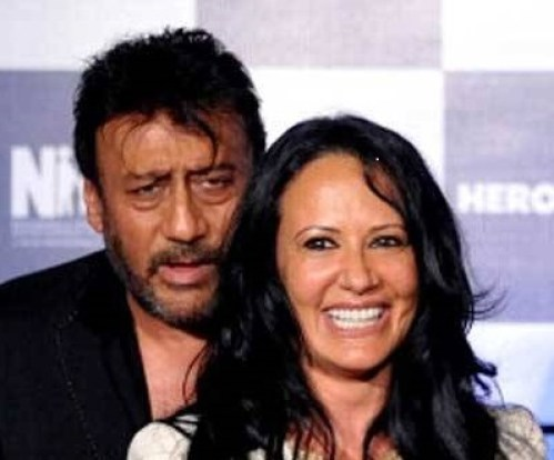 Jackie Shroff Family Photos, Father, Wife, Son, Age, Height, Bio