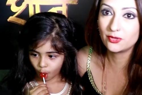 Juhi Parmar Family Pics, Age, Daughter, Sister