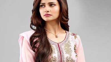 Prachi Desai Family photos, Father, Mother, Sister, Husband, Age, Height, Bio