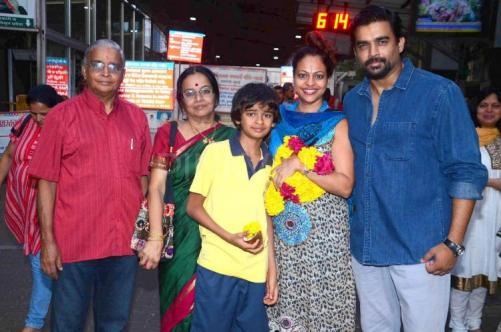 R Madhavan Family Photos, Wife, Son, Father, Mother, Age, Net Worth