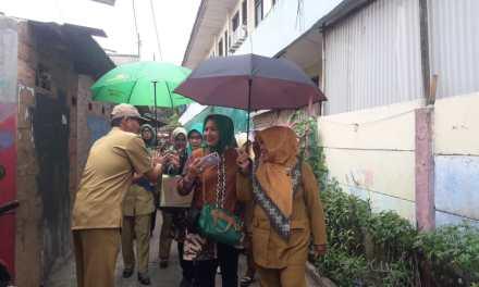 Tim Verifikasi Penilaian Kampung PHBS Kota Tangerang Sambangi Pabuaran Tumpeng