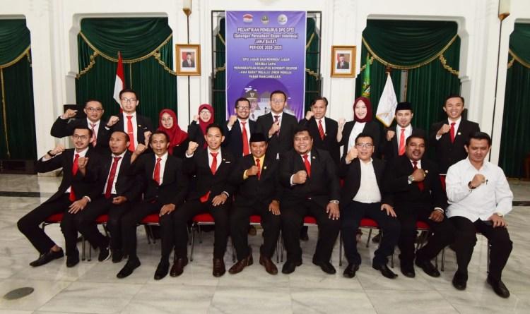 Foto: Wakil Gubernur Jabar Uu Ruzhanul Ulum menghadiri Pelantikan Dewan Pengurus Daerah (DPD) Gabungan Perusahaan Ekspor Indonesia (GPEI) Provinsi Jabar periode 2020-2025 di Aula Barat Gedung Sate.