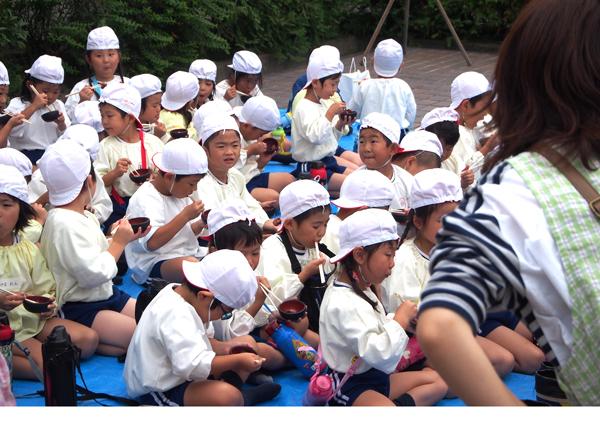 愛心幼稚園(稲刈り7)
