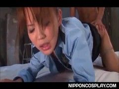 丘咲エミリが婦警コスでセックスしているえつくひでお 日本人