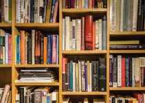 15+ Kumpulan Contoh Resensi Novel Fiksi Terlengkap dan Terbaru 3
