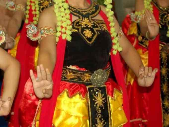 Sampur