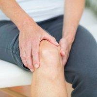 Ból kolana podczas chodzenia