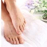 Pedicure – jak pielęgnować i dbać o stopy