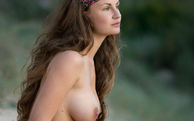 grote borsten tiener naakt
