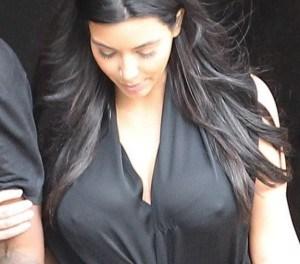 Kim Kardashian doet aan doorkijk