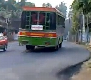 Studente verkracht in rijdende bus