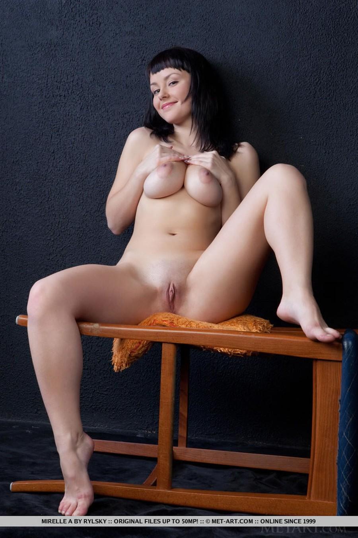 big-tits-naked-and-a-barstool-07
