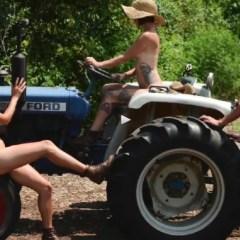 Naaktkalender met boerendochters in de hoofdrol