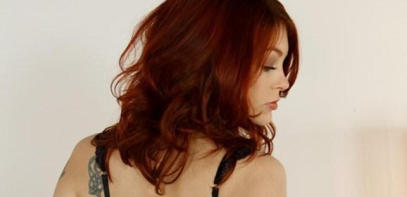 onschuldig chinesse rood haar