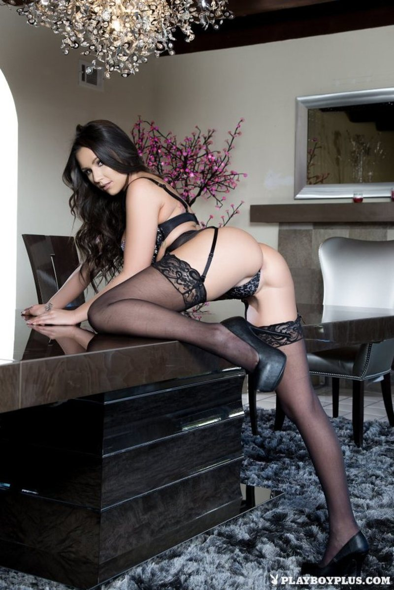 candace-leilani-mooie-vrouw-sexy-lingerie-02