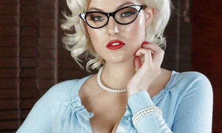 Naakte Vrouwen, de dames met een geile bril special