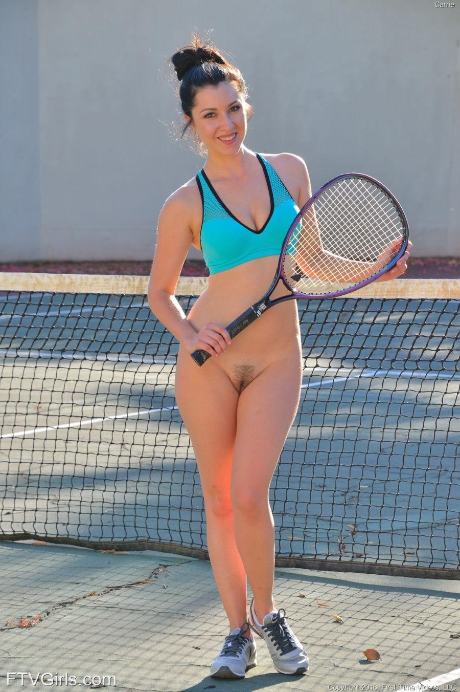 Carrie Doet Aan Naakt Tennis, Haar Mannelijke -8588