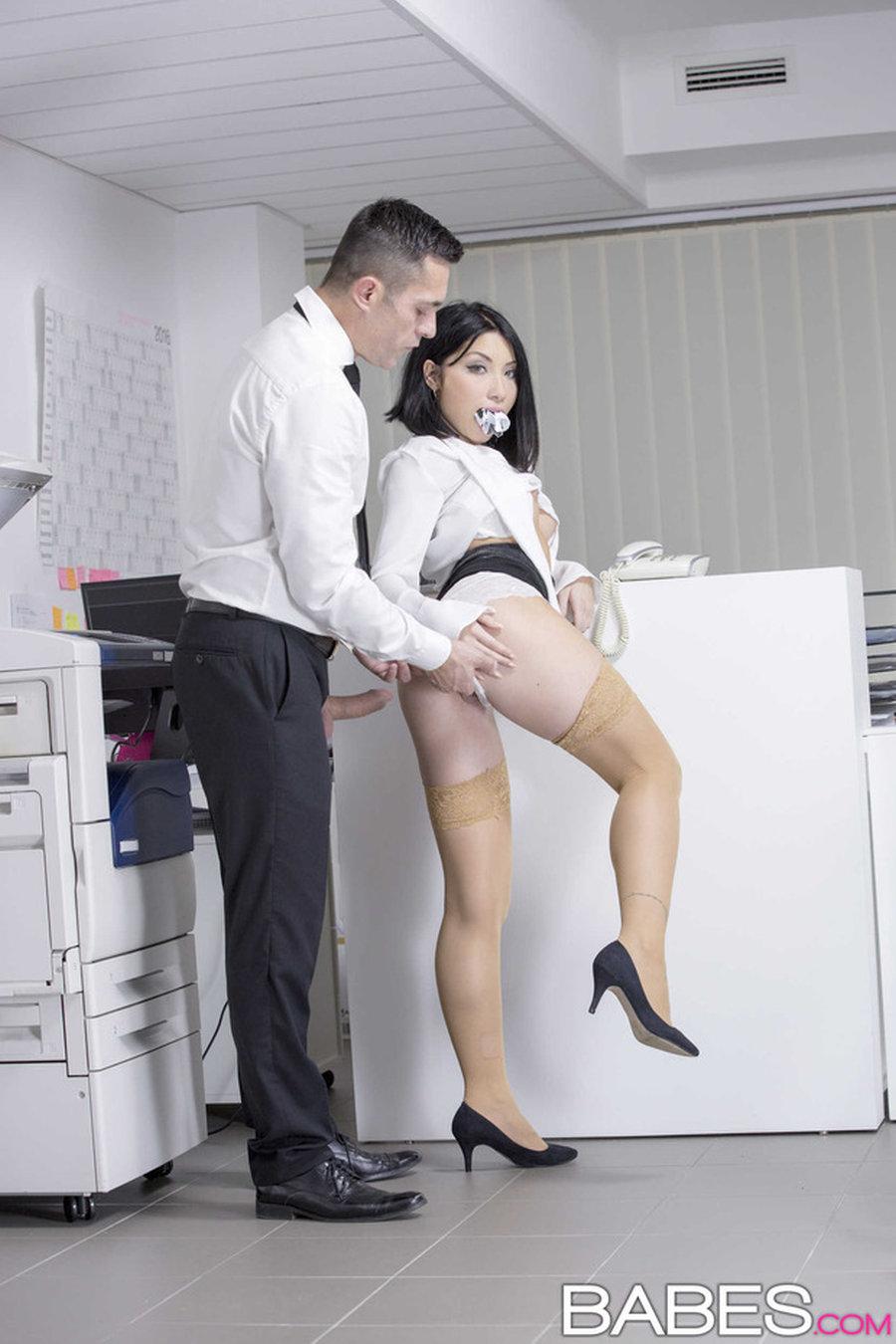 Aziatische secretaresse sex