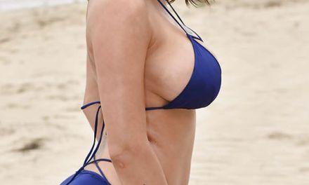 Top 5 Pornovideo's, grote tieten topless op het strand (compilatie)video's