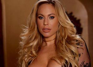 Naakte Vrouwen, van grote borsten tot sexy witte lingerie
