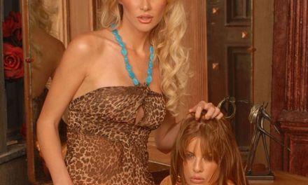 Glamourmodellen Sabrina Rose en Mia Presley hebben lesbische seks