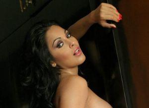 Nina Mercedes, geile Latina met grote tieten