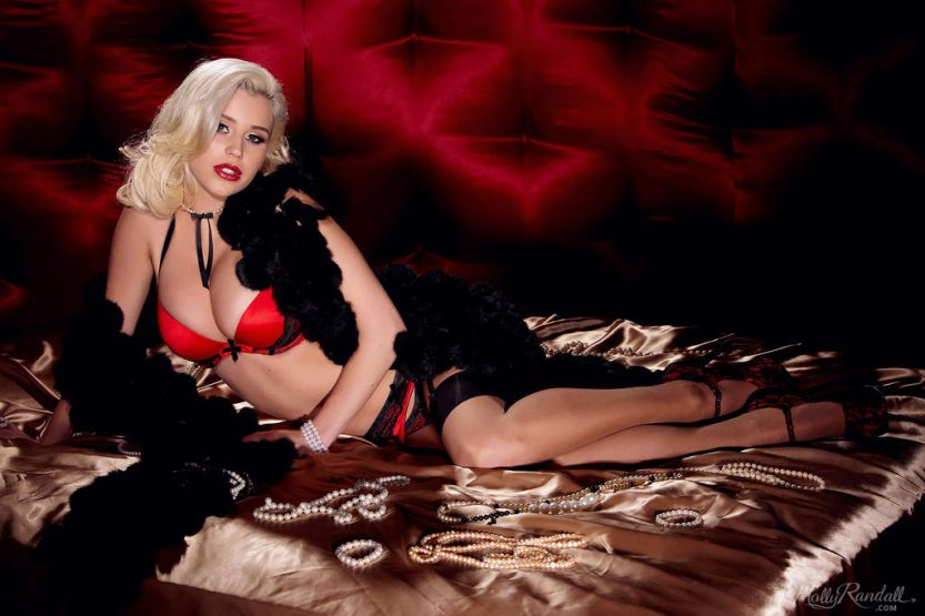 Spencer Scott, knap blondje in prachtige lingerie