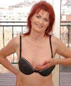 Vrouw van 56 jaar wil foto's uitwisselen