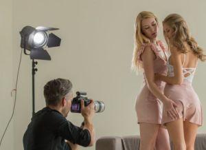 Modefotograaf en Fashion Modellen hebben een opwindend trio
