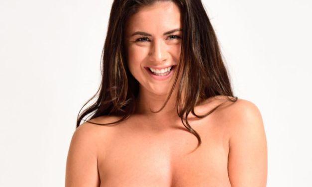 Naakte Vrouwen, van witte tanden en grote borsten tot erotisch bloot
