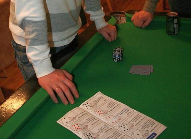 mokomes-zaisti-pokeris