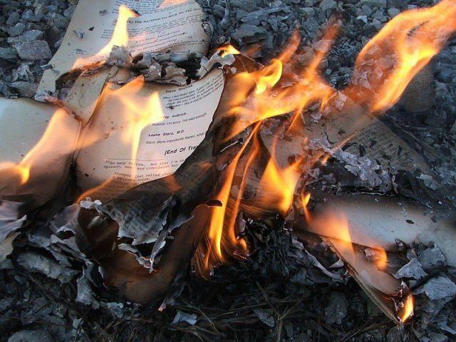 China Burns Bibles