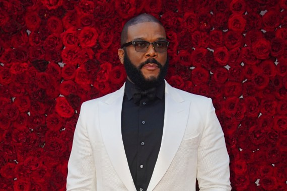 Tyler perry funds groceries