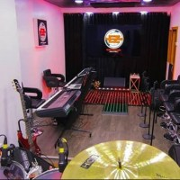 Take A Tour Of EeZee Conceptz Ultra Modern Live Recording Studio - Registration Ongoing For The Academy
