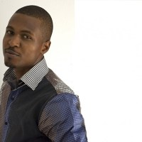 "UPCLOSE: ""I USED TO BE AN ASPIRING ARTISTE"" - TOLA OMONIYI PREPS FOR PRAISEWORLD RADIO ""PRAISE PARTY"""