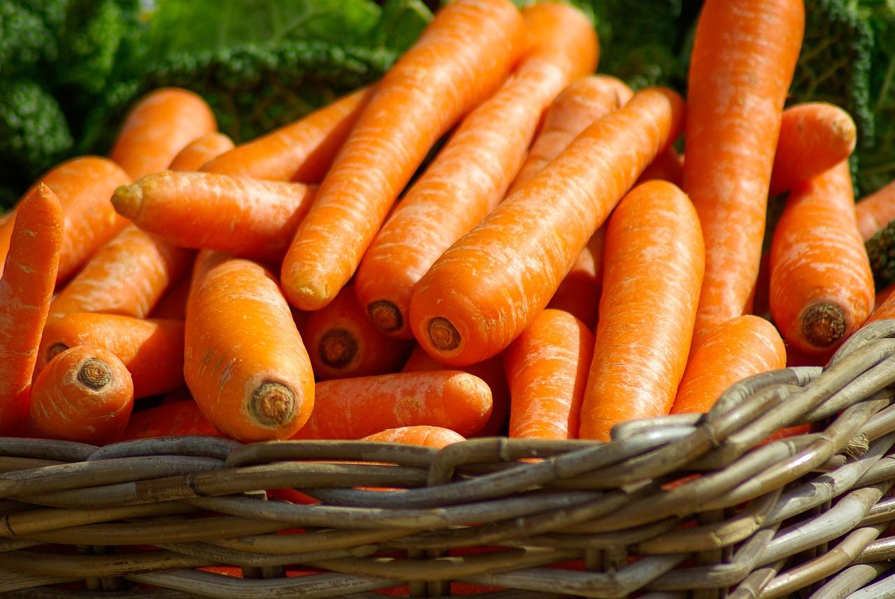 Karotten im Korb
