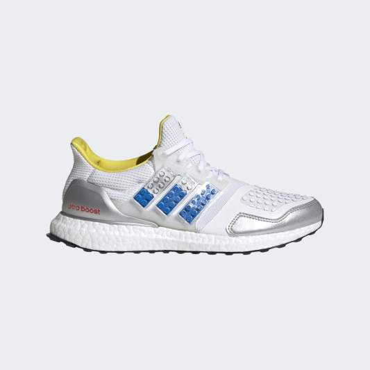 lego-x-adidas-ultraboost-4-0-dna-shock-blue-FY7690-03