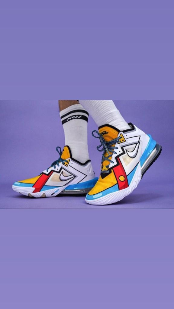 Nike LeBron 18 Low « Stewie Griffin »