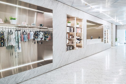 kith-hawaii-store-inside-air-force-1-3