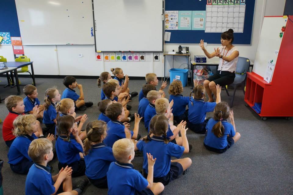 授業の約50%を日本語のみで行うブリスベン郊外の公立小学校が話題に