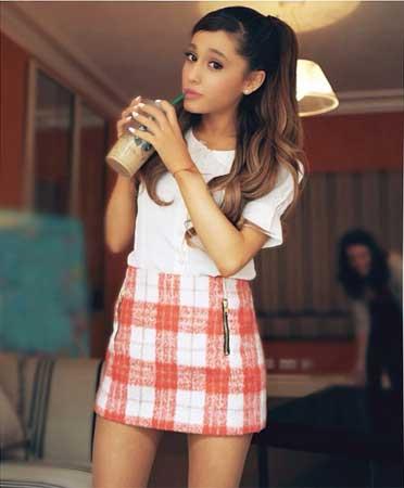 Ariana Grande自撮り9