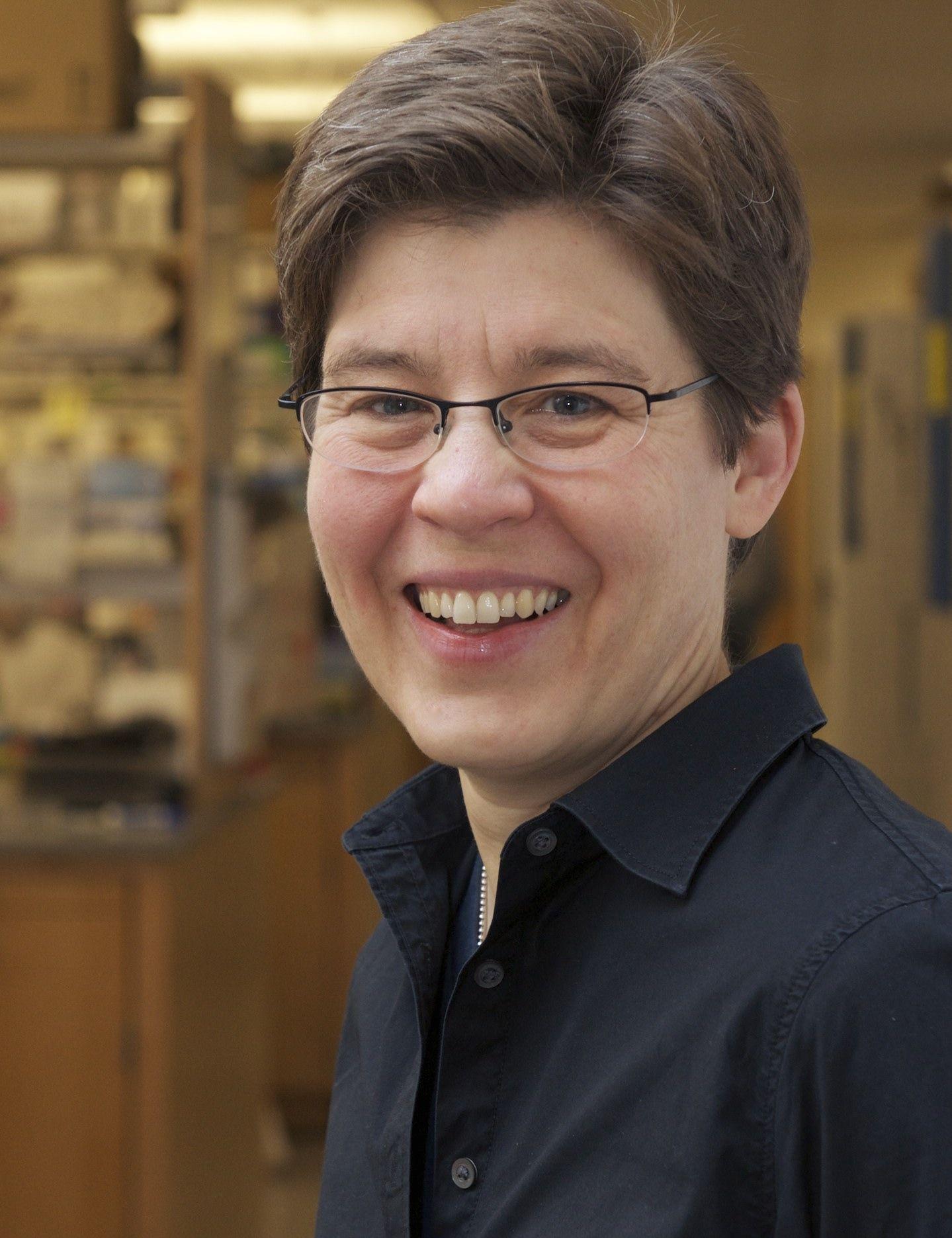 Jennifer Lewis