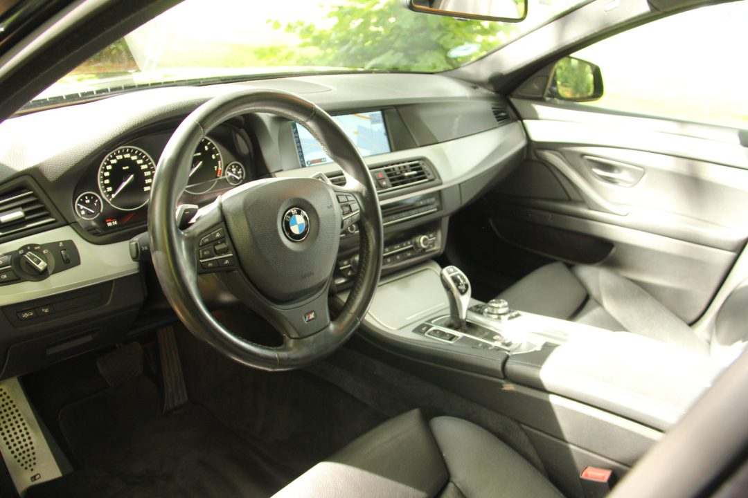 BMW 530i High Executive Touring